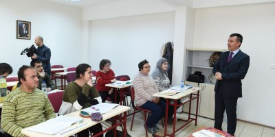 Engelliler için KPSS kursu başladı